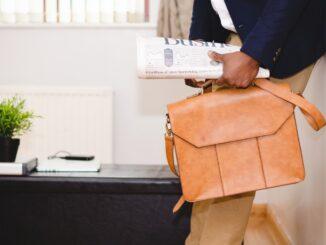 Comment s'appellent les sacs à main pour hommes
